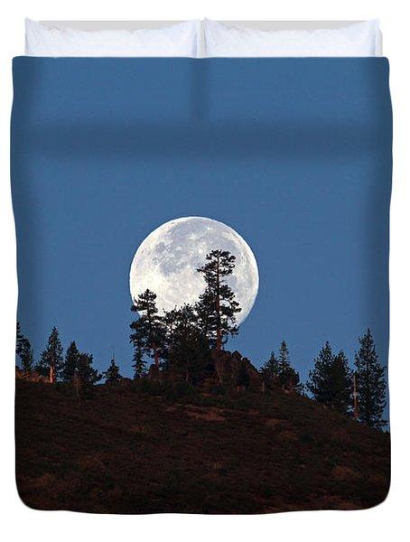 Harvest Moonset Duvet Cover by Donna Kennedy