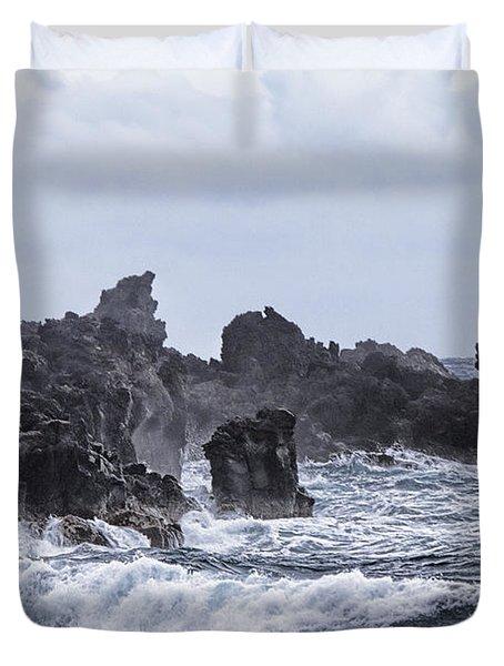 Hawaii Waves V1 Duvet Cover by Douglas Barnard