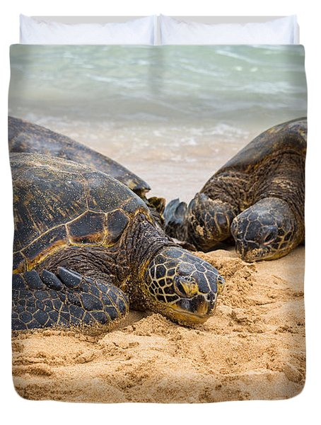 Hawaiian Green Sea Turtles 1 - Oahu Hawaii Duvet Cover by Brian Harig