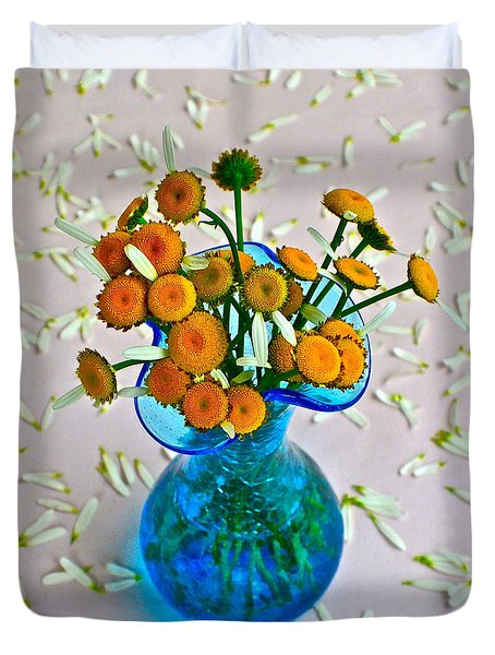 He Loves me Bouquet Duvet Cover by Frozen in Time Fine Art Photography