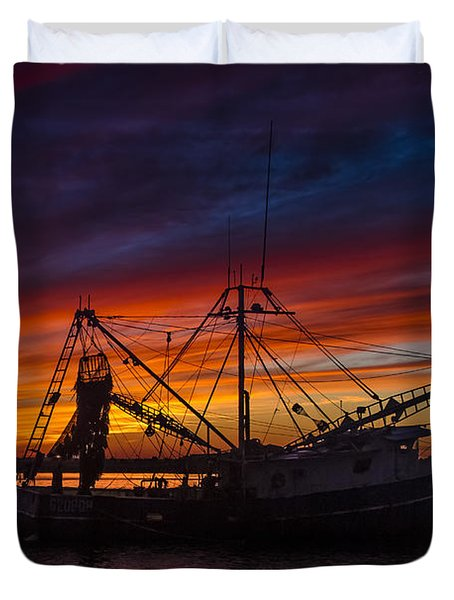 Heading Home Duvet Cover by Debra and Dave Vanderlaan