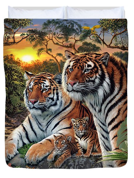Hidden Images - Tigers Duvet Cover by Steve Read