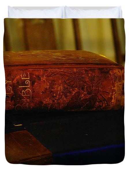 Holy Bible In Lincoln City Duvet Cover by Jeff Swan