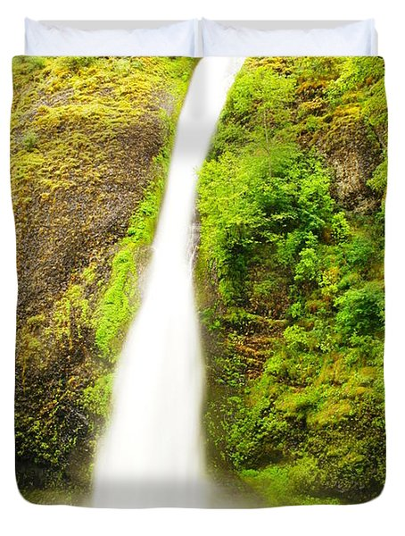 Horsetail Falls In The Spring Duvet Cover by Jeff Swan