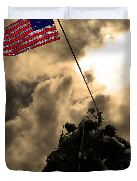 I Pledge Allegiance To The Flag - Iwo Jima 20130211v2 Duvet Cover by Wingsdomain Art and Photography
