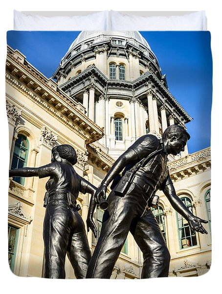 Illinois Police Officers Memorial In Springfield Duvet Cover by Paul Velgos