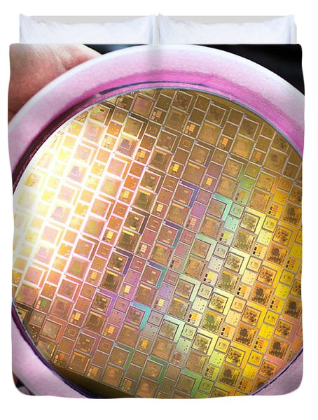 Duvet Cover featuring the photograph Integrated Circuits On Silicon Wafer by Science Source