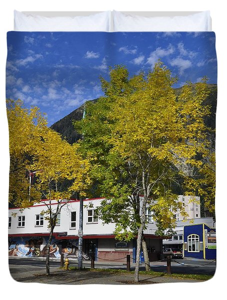 Juneau In The Fall Duvet Cover by Cathy Mahnke