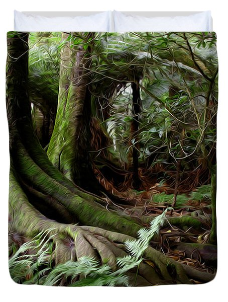 Jungle trunks1 Duvet Cover by Les Cunliffe