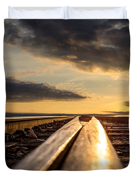 Just before sunrise Duvet Cover by Bob Orsillo