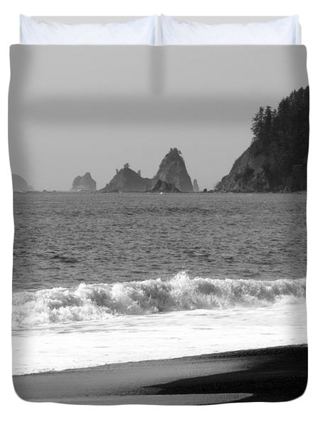 La Push Beach Black And White Duvet Cover by Carol Groenen