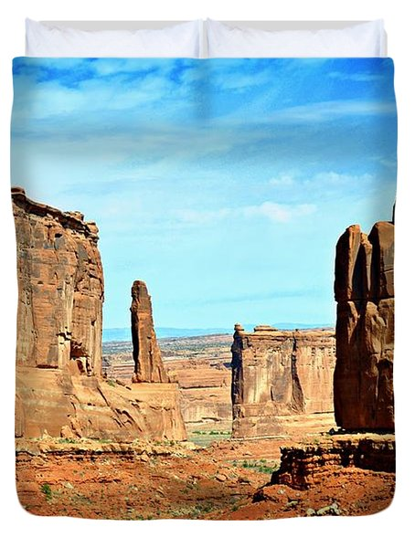 Land Of The Giants Duvet Cover by Marty Koch