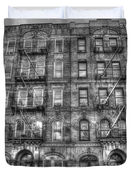 Led Zeppelin Physical Graffiti Building In Black And White Duvet Cover by Randy Aveille