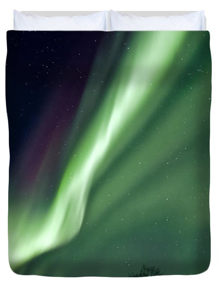 Light In The Sky Duvet Cover by Dave Bowman