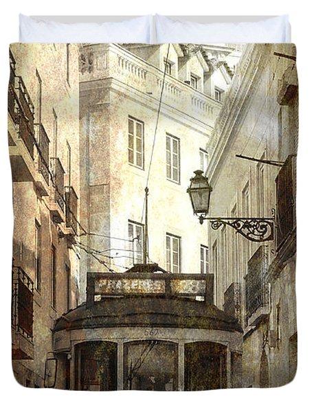 Lisbon Streetcar Duvet Cover by Daniel Hagerman
