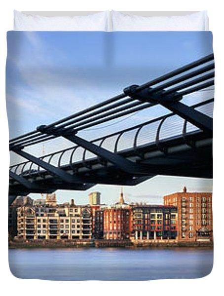 Millennium Bridge London 1 Duvet Cover by Rod McLean
