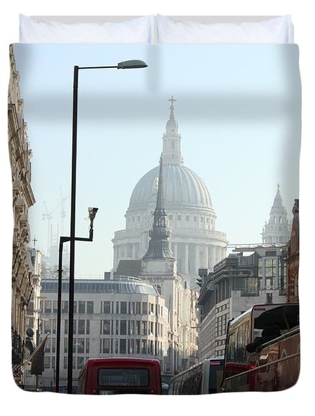 London Town Duvet Cover by Pat Purdy