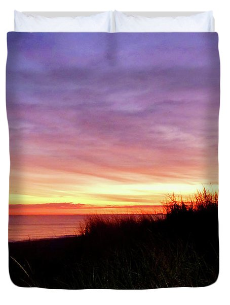 Lonely Beach At Sunrise Norfolk Va Duvet Cover by Susan Savad