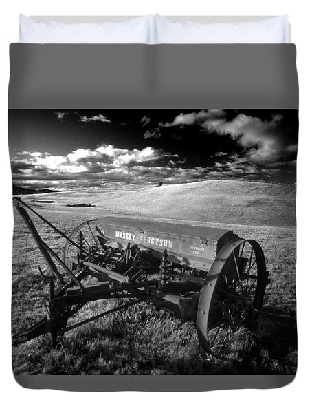 Massey Fergusen Duvet Cover by Sean Davey