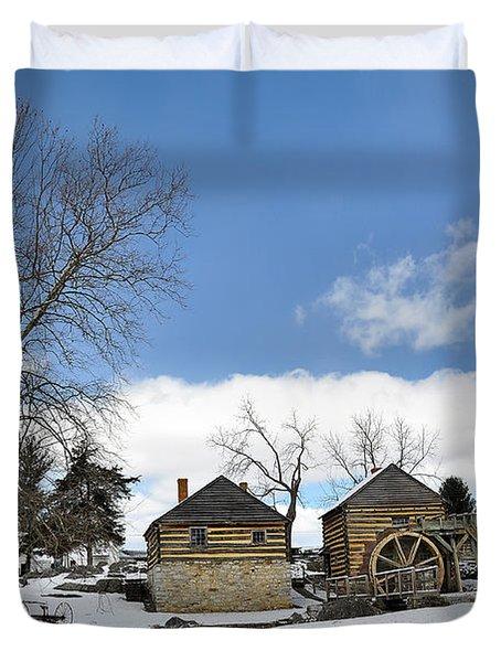 Mccormick Farm In Winter Duvet Cover by Todd Hostetter