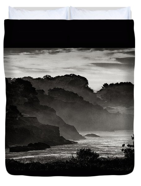 Mendocino Coastline Duvet Cover by Robert Woodward