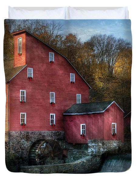 Mill - Clinton Nj - The Old Mill Duvet Cover by Mike Savad