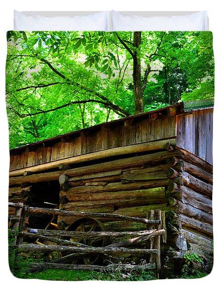 Mill House Barn Duvet Cover by David Lee Thompson