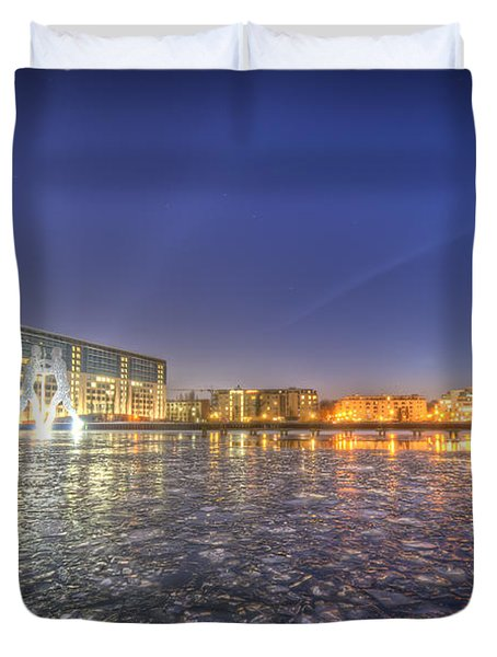 Modern skyline  Duvet Cover by Nathan Wright