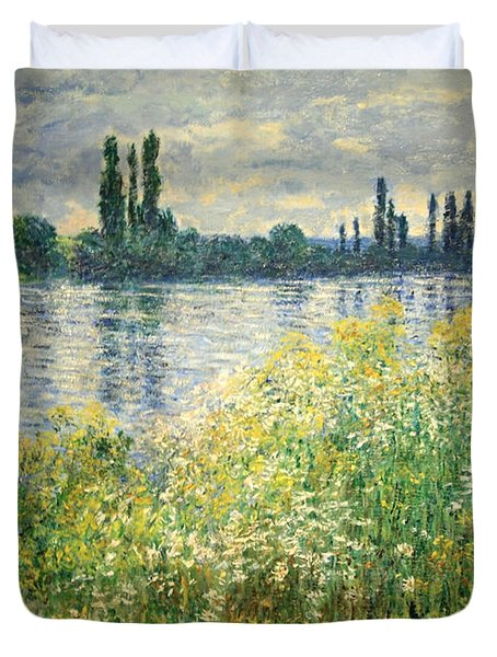 Monet's Banks Of The Seine At Vetheuil Duvet Cover by Cora Wandel