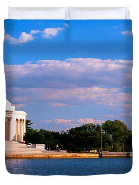 Monument On The Waterfront, Jefferson Duvet Cover by Panoramic Images