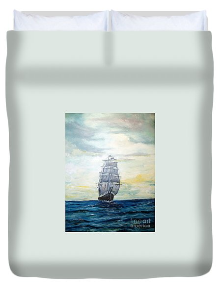 Morning Light On The Atlantic Duvet Cover by Lee Piper