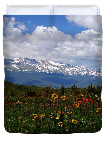 Mosquito Sunflowers Duvet Cover by Jeremy Rhoades