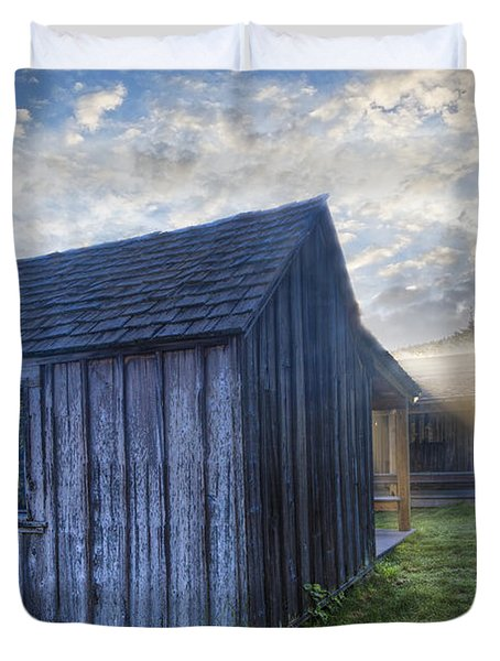 Mt Leconte Cabins Duvet Cover by Debra and Dave Vanderlaan