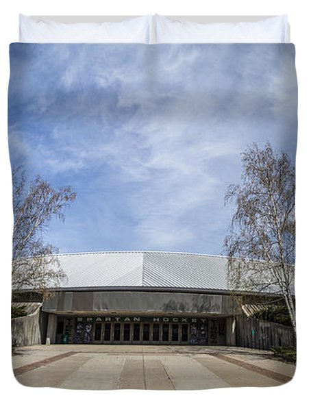 Munn Ice Arena At Michigan State University Duvet Cover by John McGraw