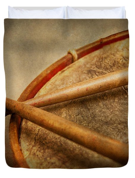 Music - Drum - Cadence  Duvet Cover by Mike Savad