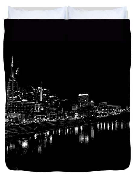 Nashville Skyline At Night In Black And White Duvet Cover by Dan Sproul