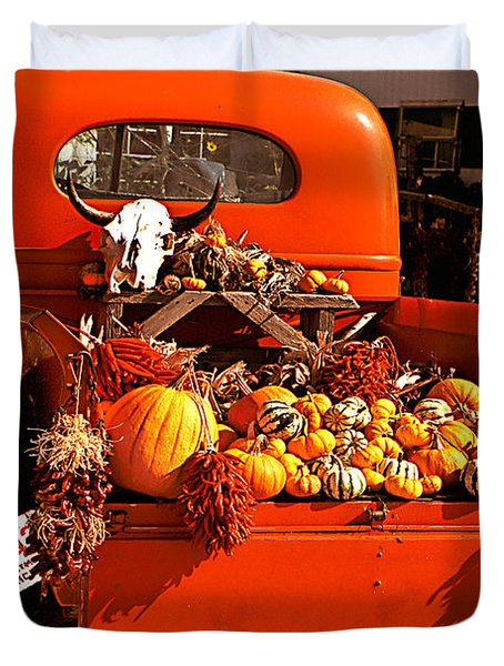 New Mexico Truck Duvet Cover by Jean Noren