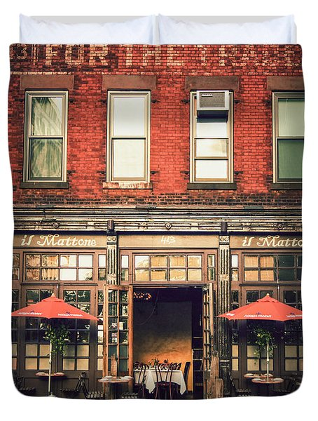 New York City - Cafe In Tribeca Duvet Cover by Vivienne Gucwa