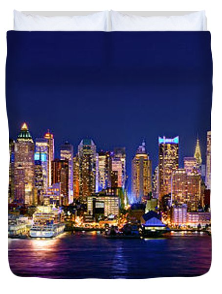 New York City NYC Midtown Manhattan at Night Duvet Cover by Jon Holiday