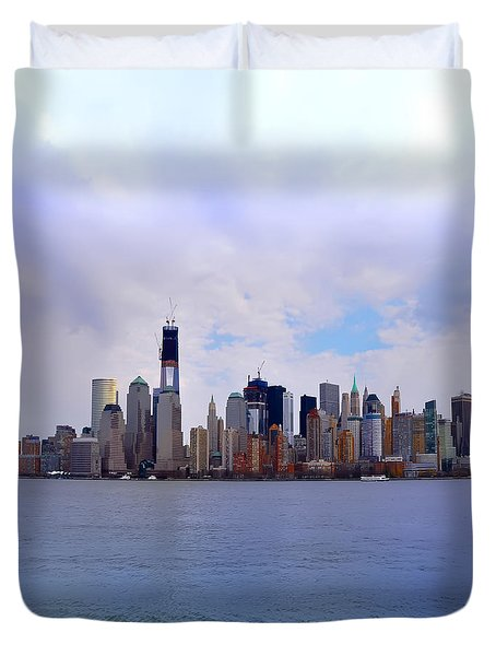 New York - Standing Tall Duvet Cover by Bill Cannon