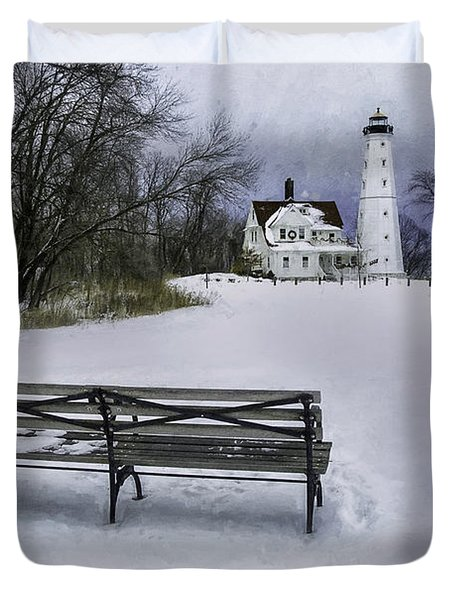North Point Lighthouse And Bench Duvet Cover by Scott Norris