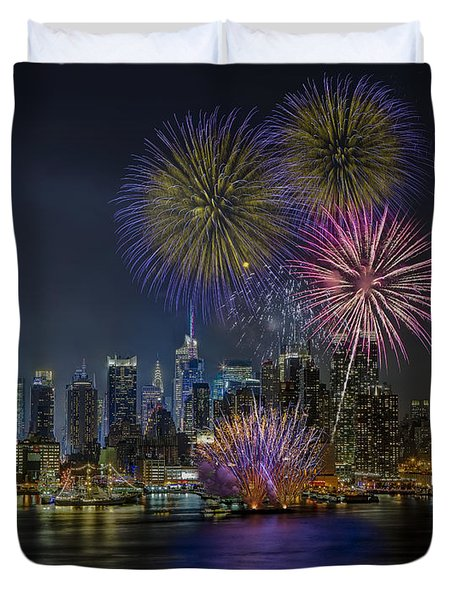 NYC Celebrates Fleet Week Duvet Cover by Susan Candelario