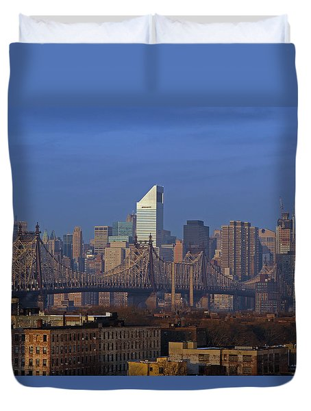 Nyc Citicorp Center And Queensboro Bridge Duvet Cover by Juergen Roth