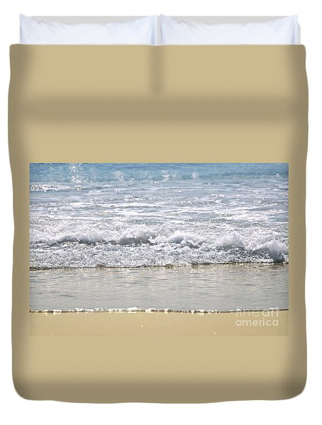 Ocean Shore With Sparkling Waves Duvet Cover by Elena Elisseeva