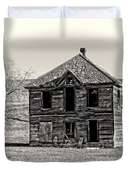 Okanogan Homestead - Washington Duvet Cover by Daniel Hagerman