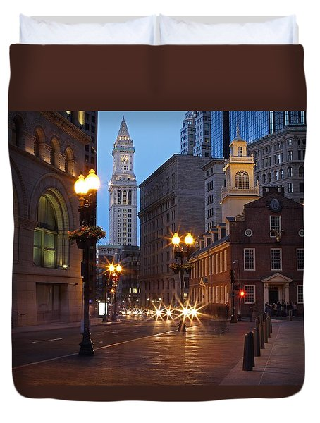Old State House and Custom House in Boston Duvet Cover by Juergen Roth