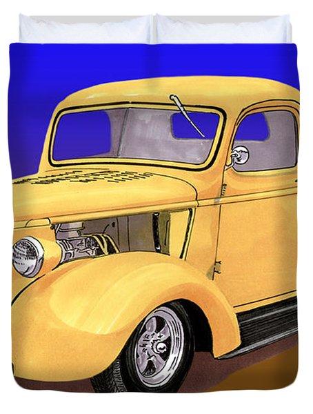 Old Yeller Pickem Up Truck Duvet Cover by Jack Pumphrey