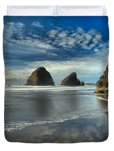 Oregon Sea Stack Surf Duvet Cover by Adam Jewell