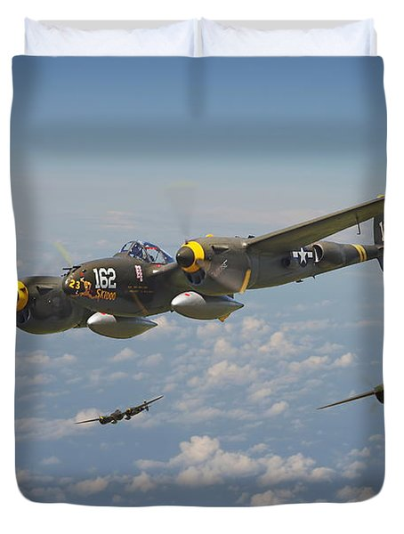 P38 Lightning - Pacific Patrol Duvet Cover by Pat Speirs