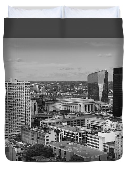 Philadelphia - A View Across The Schuylkill River Duvet Cover by Rona Black